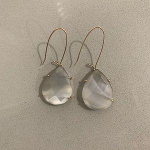 Kendra Scott dangle earrings !